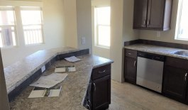 web-CC3015-Kitchen-with-Dining-on-the-other-side